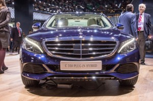 c350-plug-in-hybrid-live-photos-2015-detroit-auto-show_100497020_l